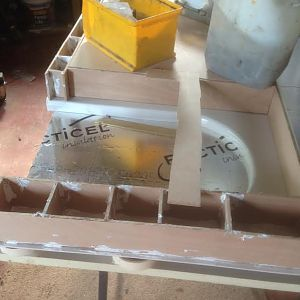 Muttleys build shower tray